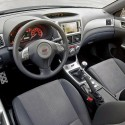 Subaru Impreza STI intérieur