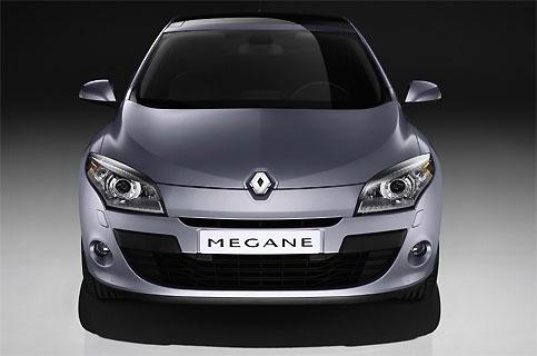 blog 4 auto auto automobile voitures de sport renault megane iii berline plus consensuelle. Black Bedroom Furniture Sets. Home Design Ideas