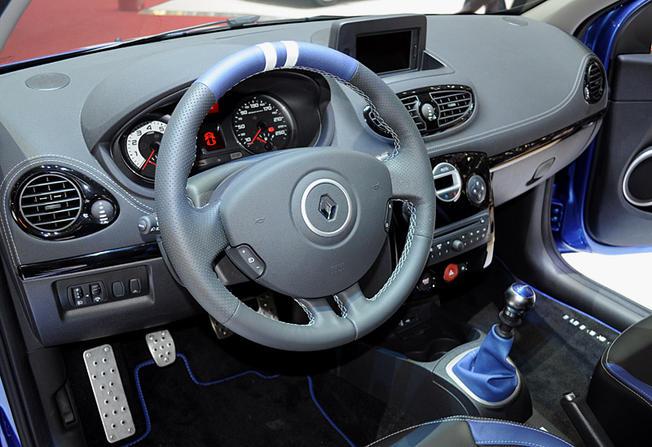 blog 4 auto auto automobile voitures de sport renault clio rs gordini 5. Black Bedroom Furniture Sets. Home Design Ideas